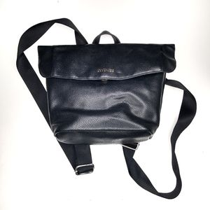 Kenneth Cole Reaction backpack black approx 9x9